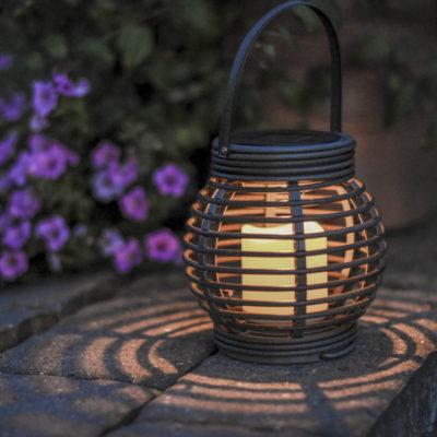 Dārza lukturis ar saules bateriju ROTANG SOLAR