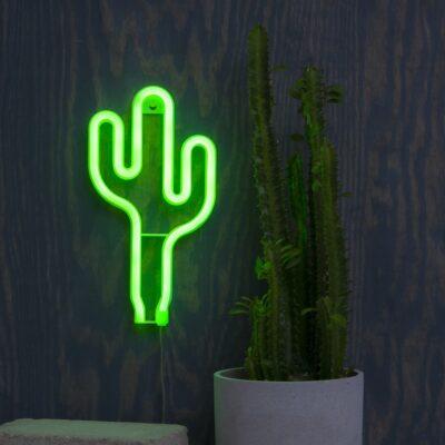 Piekarināma LED dekorācija CACTUS NEONLIGHT, kas darbojas ar  3AA baterijām