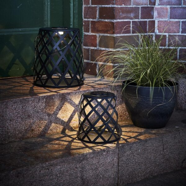 Dārza lampa ar saules bateriju CALABRIA 20