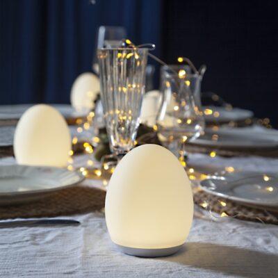 Funkcionāla galda lampa EGG